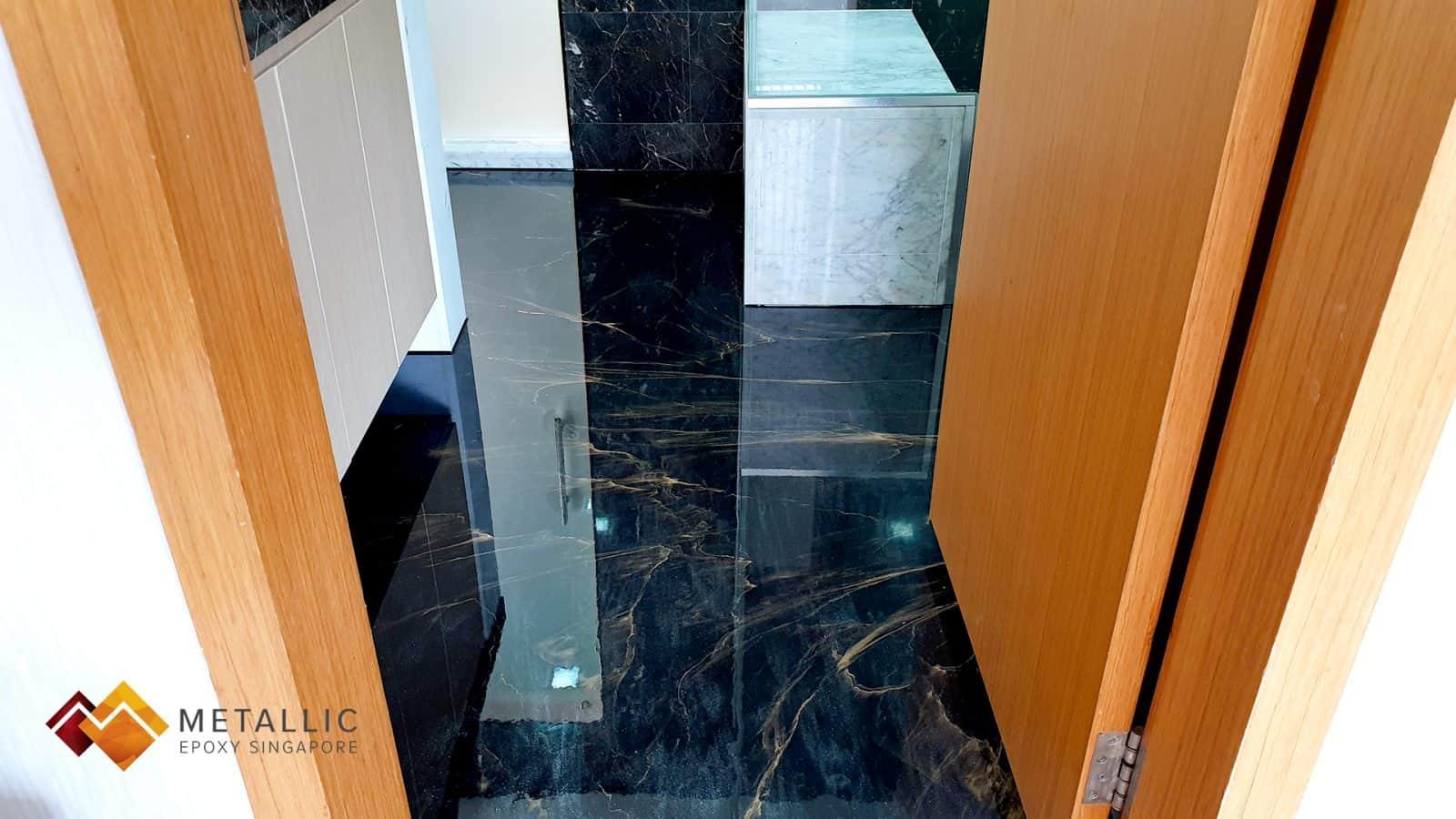 Gold Veins Bathroom Flooring