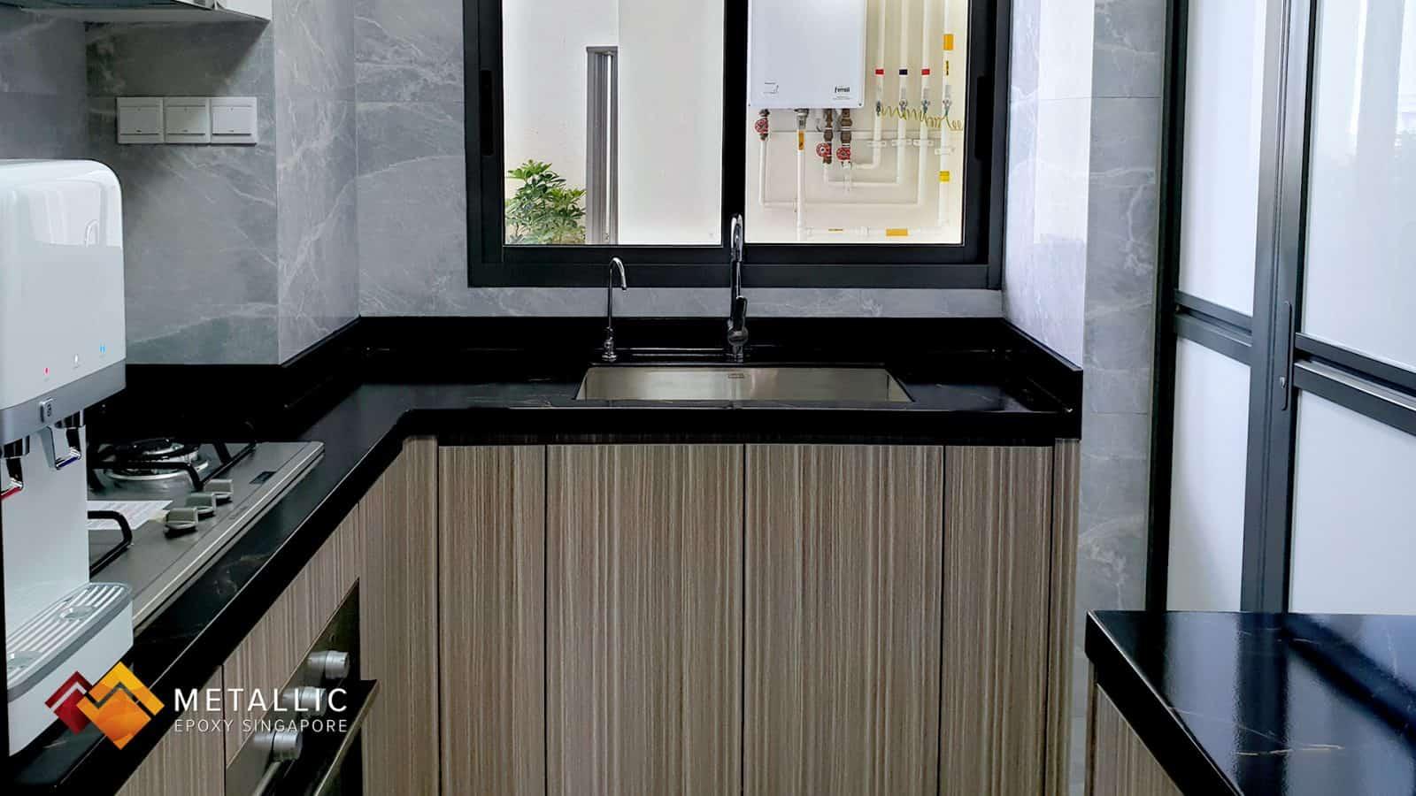 Black Gold Veins Countertop